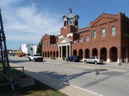 Main St facade